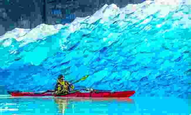 Kayaking on Lake Grey