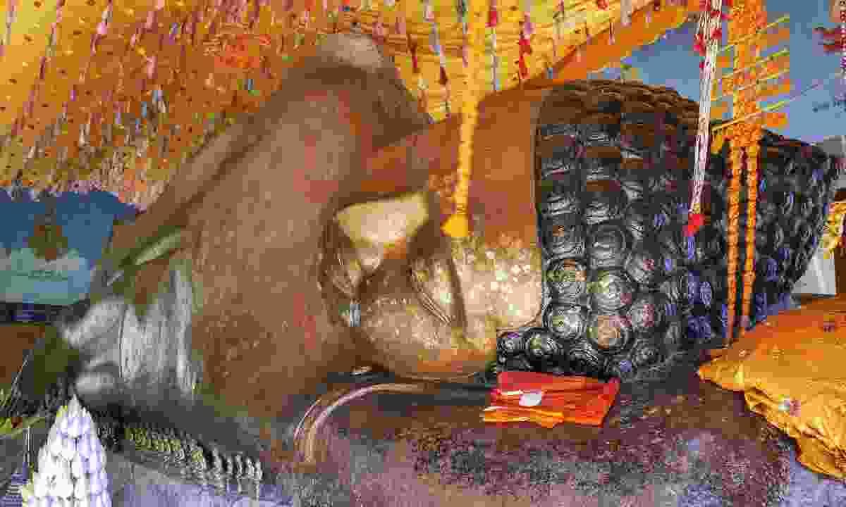 The reclining Buddha in Phnom Kulen National Park (Shutterstock)