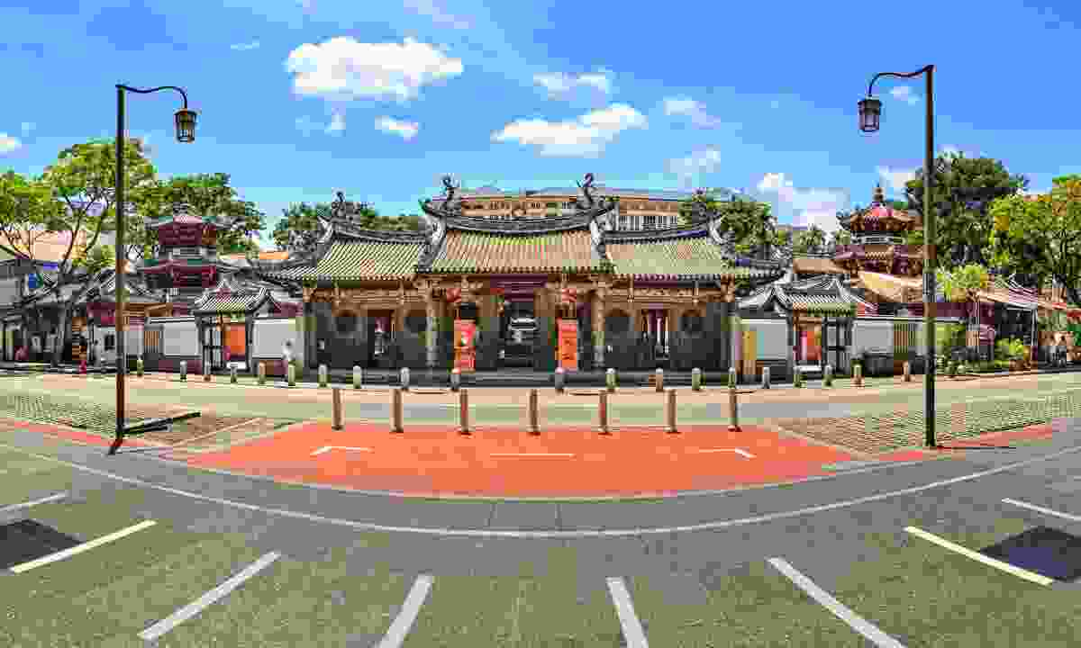 The beautifully understated Chinese Thian Hock Keng Temple (Shutterstock)