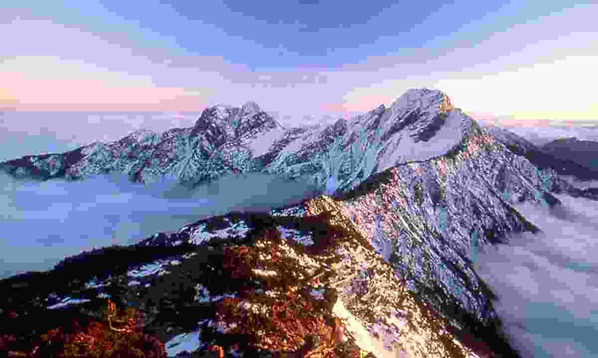 Jade Mountain (Taiwan Tourist Board)