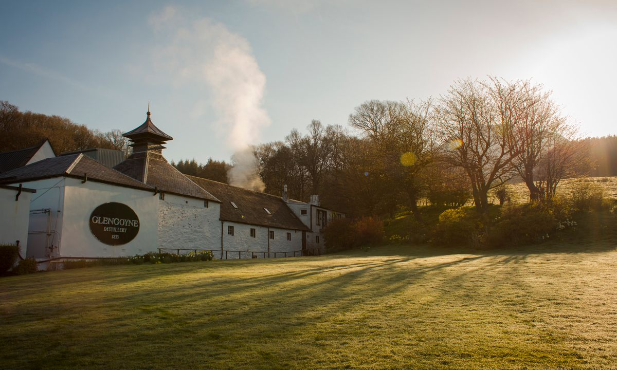 Under the glow of the Scottish sun (Glengoyne Distillery)