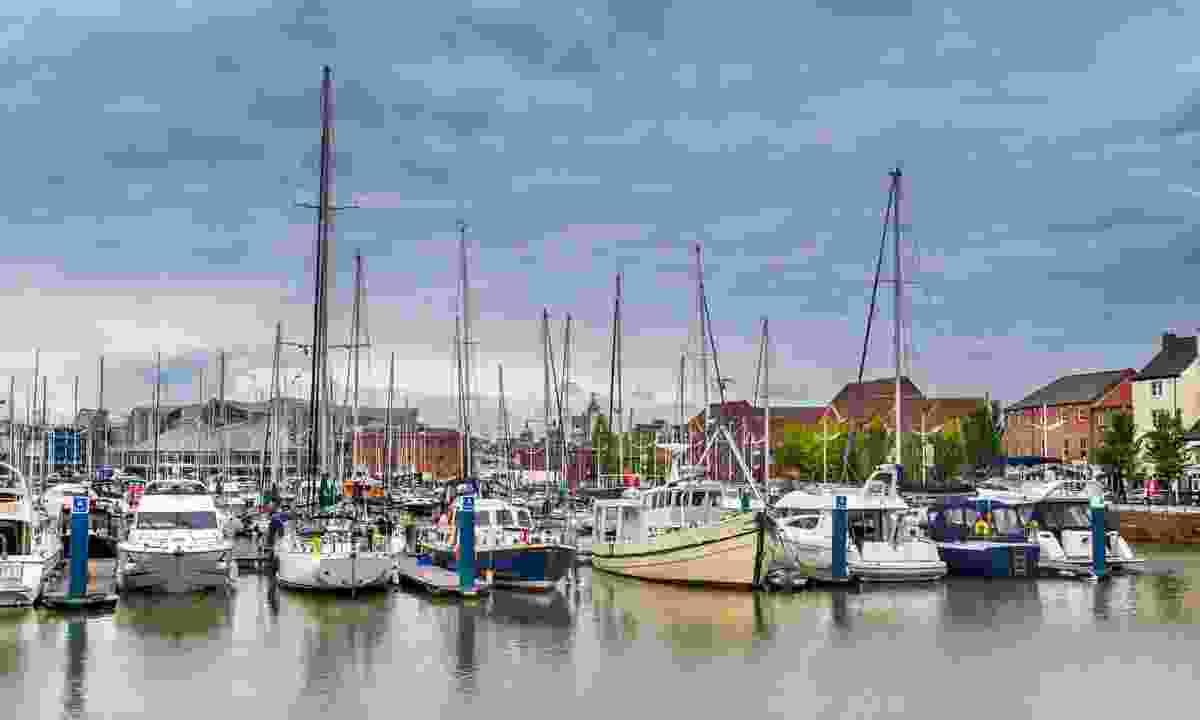 Hull Marina (Dreamstime)