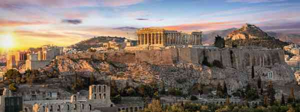 The Parthenon at sunrise (Dreamstime)