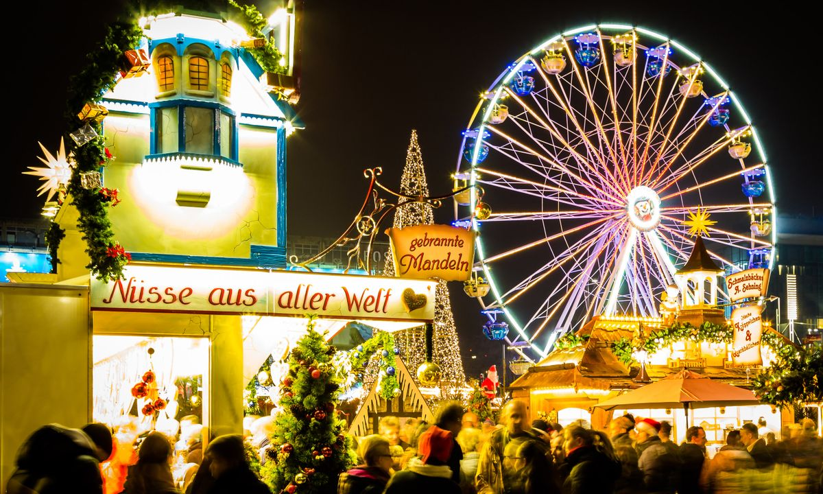 the 10 best christmas markets in germany for 2019 wanderlust. Black Bedroom Furniture Sets. Home Design Ideas