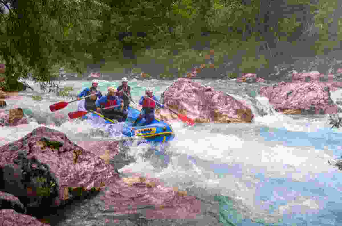 Whitewater rafting in Slovenia (Slovenian Tourist Board)