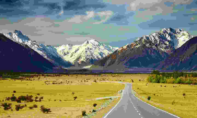Southern Alps, New Zealand (Shutterstock)