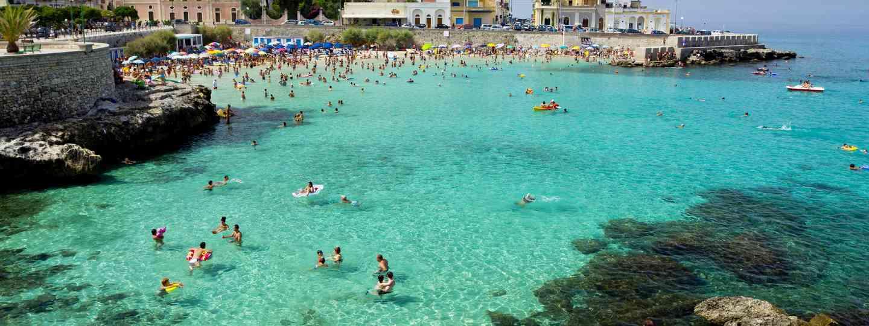 Salento beach, Puglia (Dreamstime)