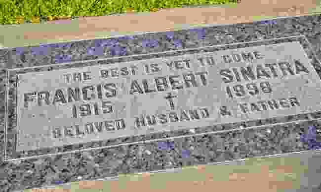 The grave of Frank Sinatra (Dreamstime)