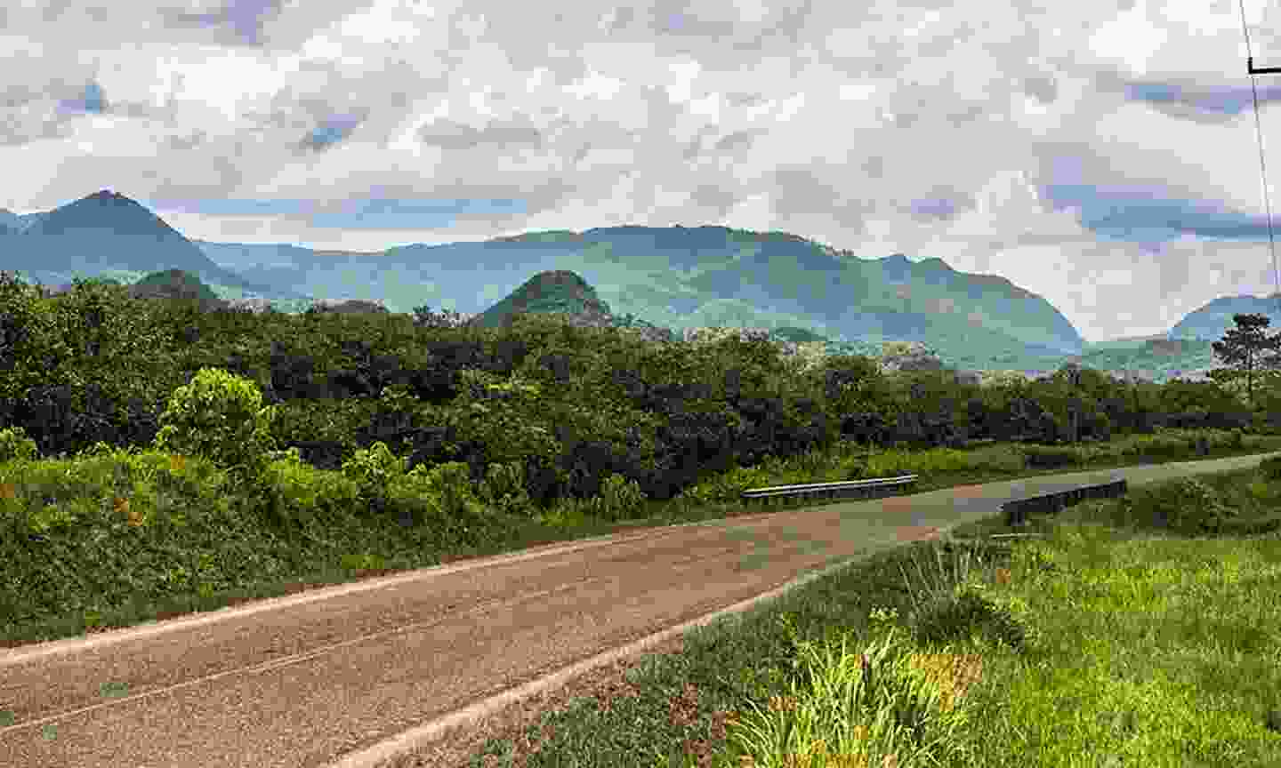 Spectacular scenery along the Hummingbird Highway (Belize tourist board)
