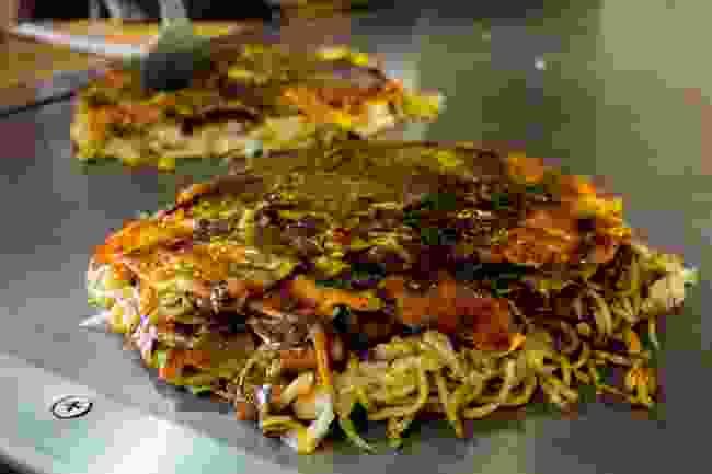 Okonomiyaki (Shutterstock)