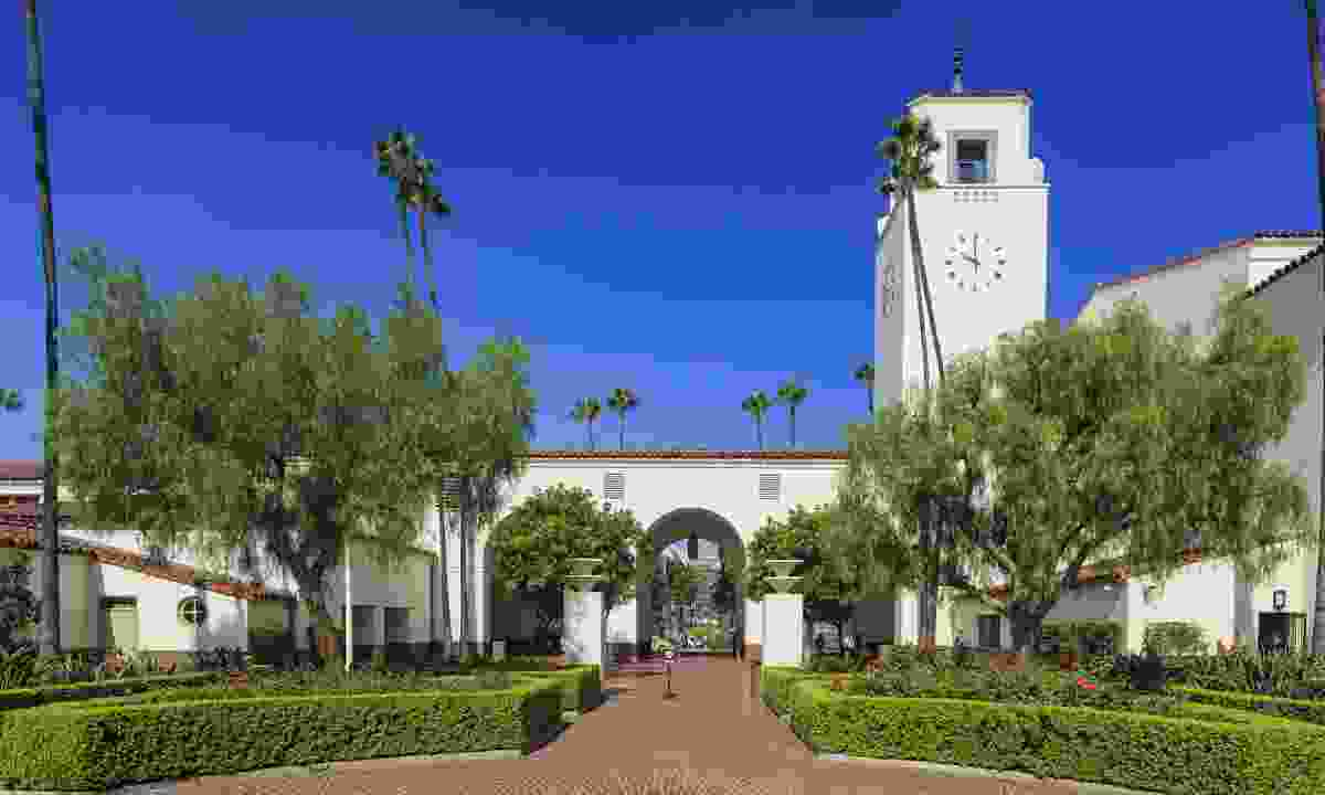 Los Angeles Union Station is perhaps the prettiest in the world (Shutterstock)