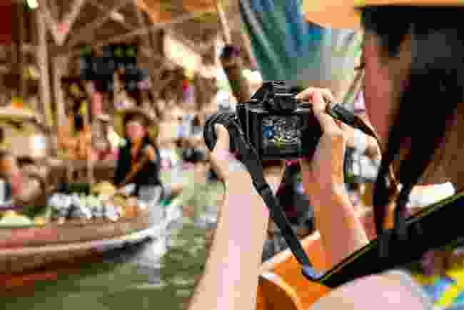 Floating market in Thailand (Shutterstock)