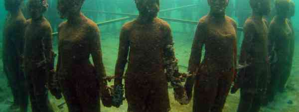 Grenada Underwater Sculpture Park, Grenada (Shutterstock)