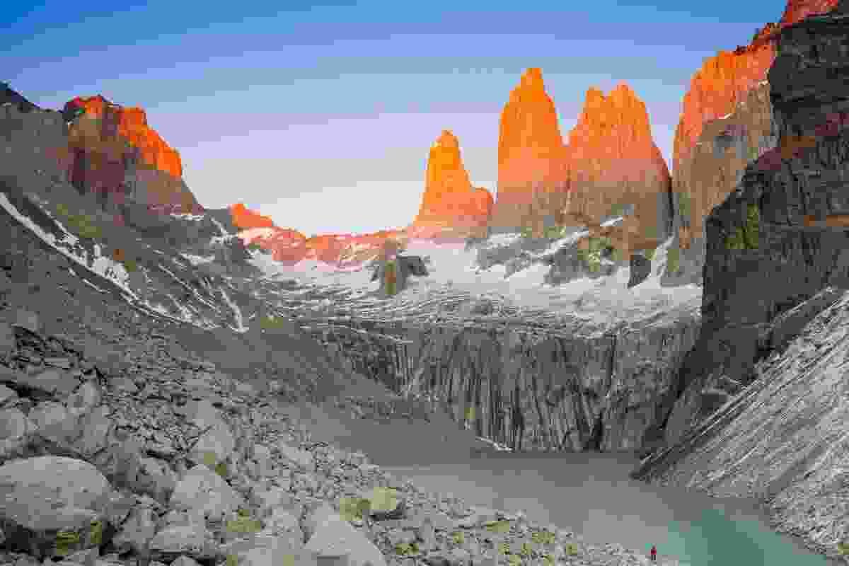 Lone person watching the sun rise at Mirador Torres (Pura Aventura/Matthew Power)