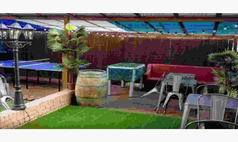 Enjoy games in The Clapham Tap's cute beer garden (The Clapham Tap)