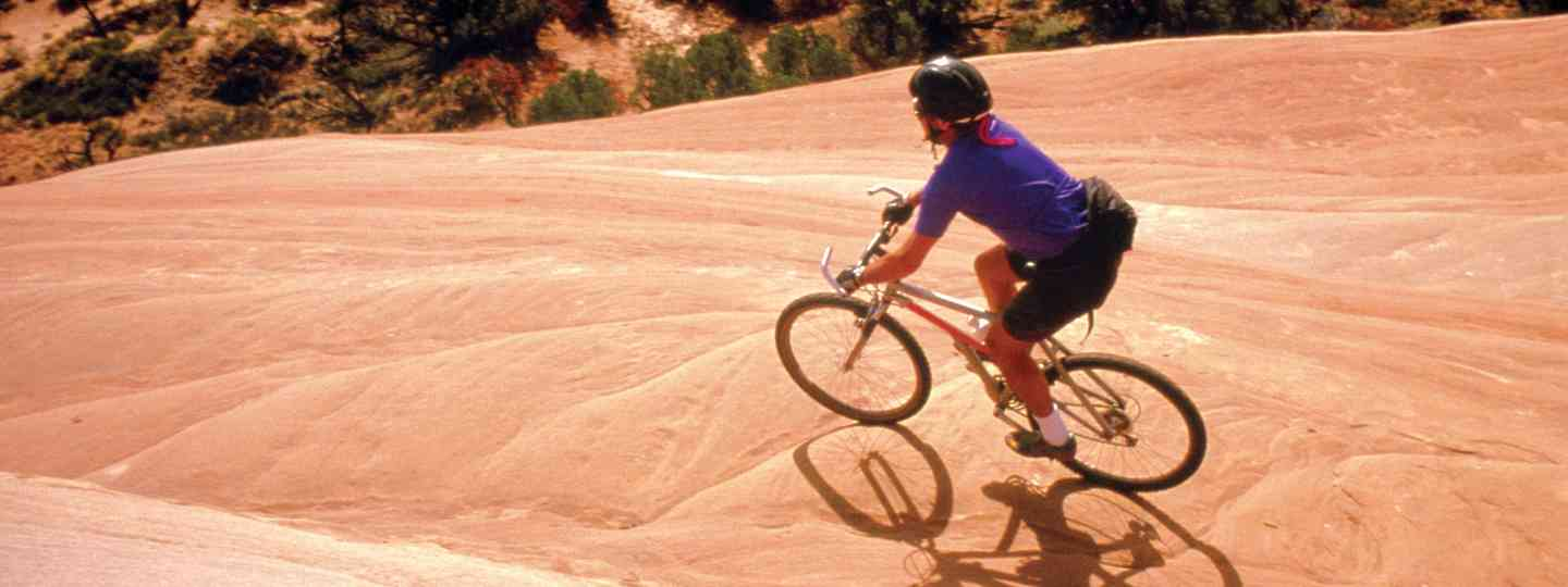 Desert cycling in Colorado (Colorado.com)