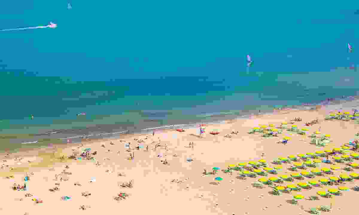 Aerial view of Rimini beach (Dreamstime)