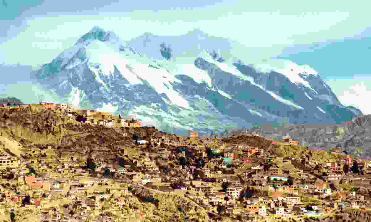 La Paz, with Mount Illimani in the background (Dreamstime)