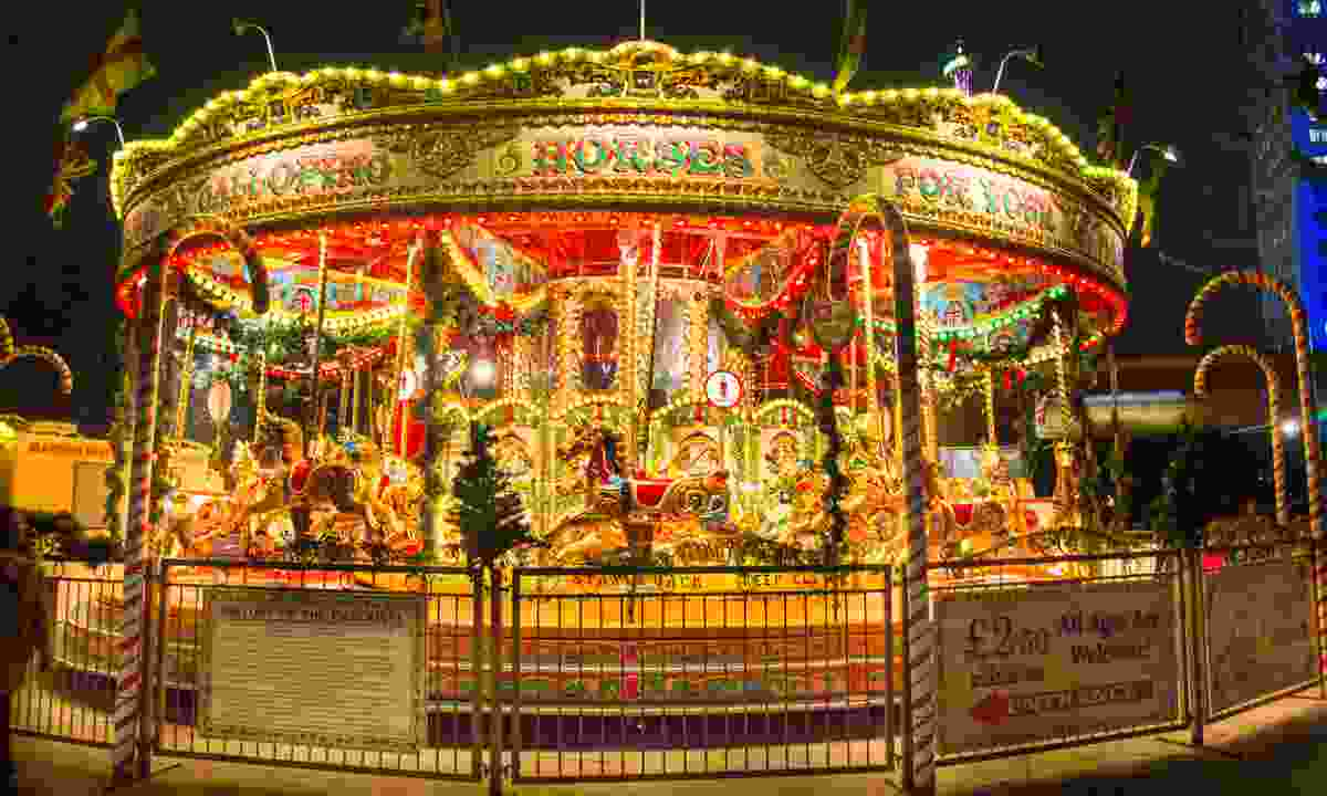 Christmas Merry-Go-Round on the Southbank (Dreamstime)