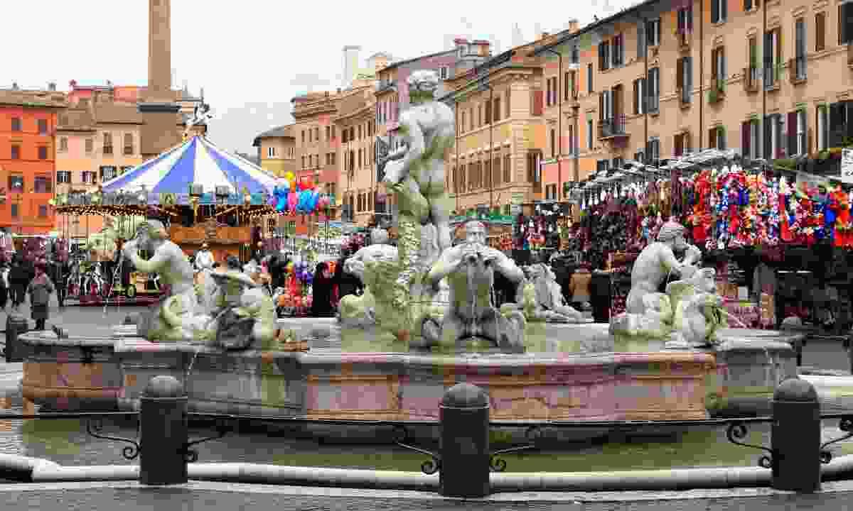 Piazza Navona Christmas market (Dreamstime)