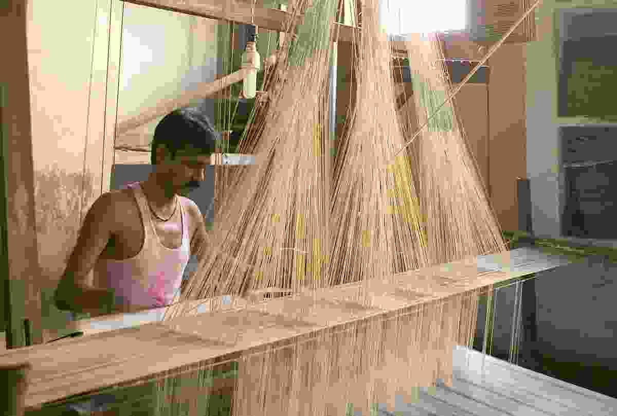 Making sari cloth. (Shutterstock)