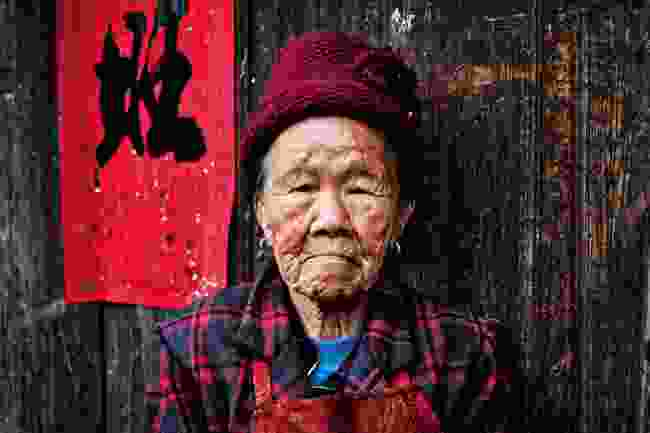 A villager in the Xuefeng region of China (Leon McCarron)