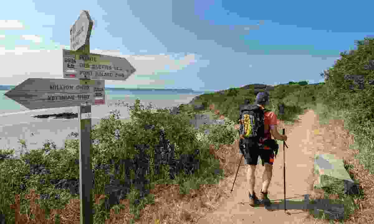 Take to Brittany's GR34 coastal trail (Emmanuel Berthier)