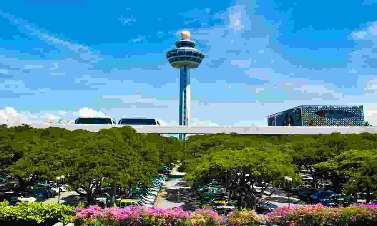 Singapore Changi airport control tower (Dreamstime)