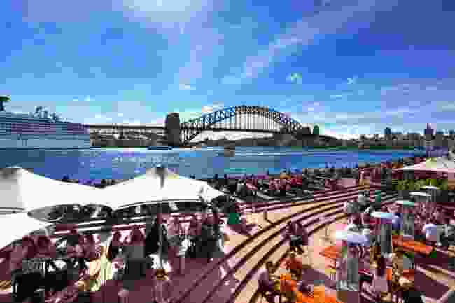 Dining with a view of the Harbour Bridge, Sydney (Shutterstock)