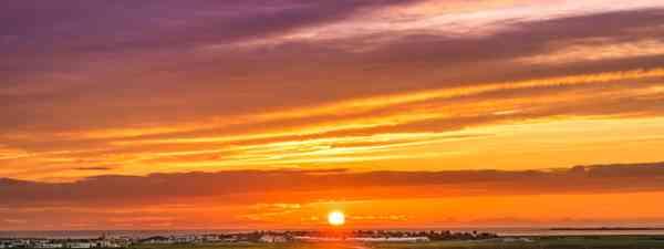 Midsummer midnight sun (Shutterstock)