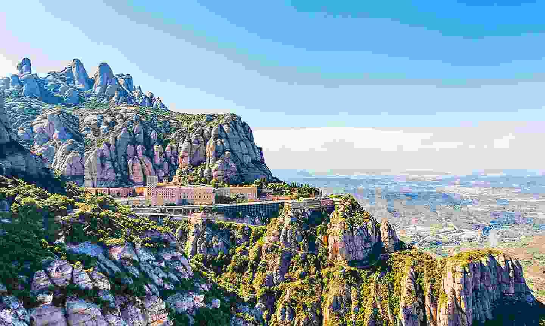 Explore the beautiful hillside monastery (Klook)