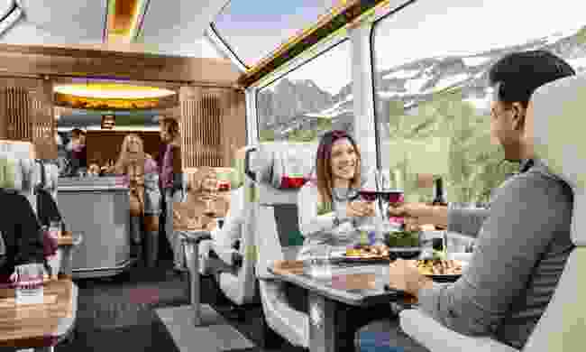 Many trains in Switzerland serve dinner (swiss-image.ch)