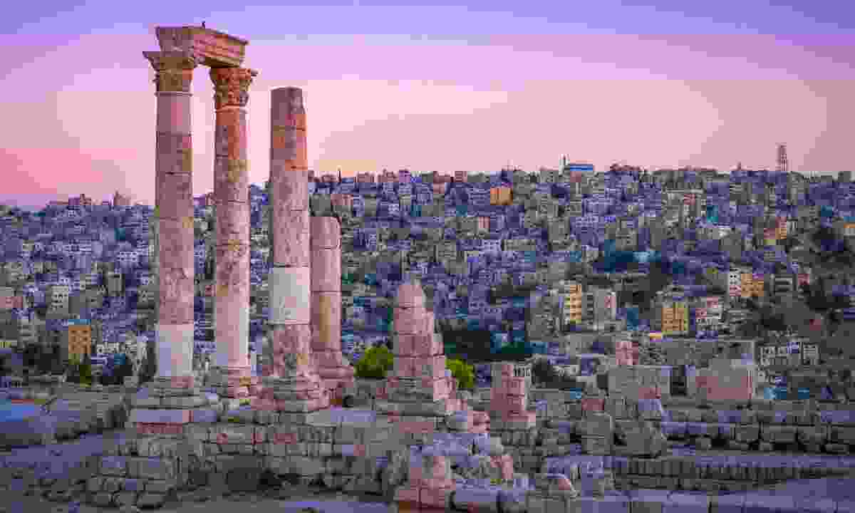 A view of the city from the Roman ruins of Amman (Shutterstock)