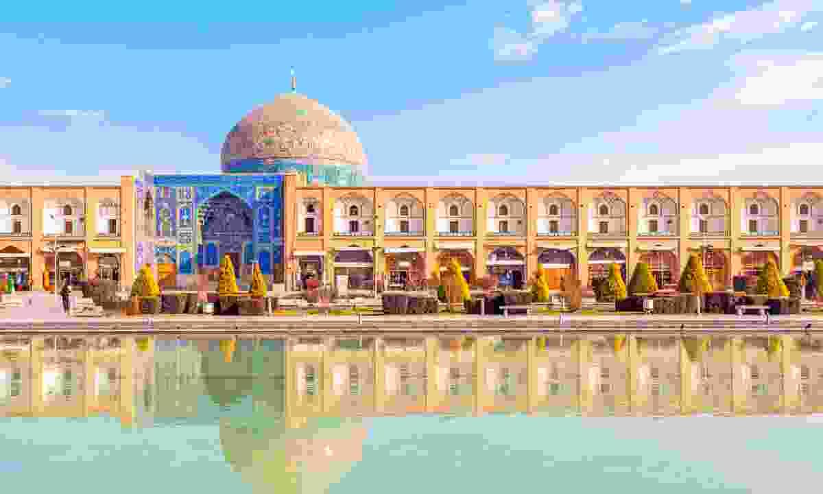 Sheikh Lotfollah Mosque, Isfahan (Shutterstock)