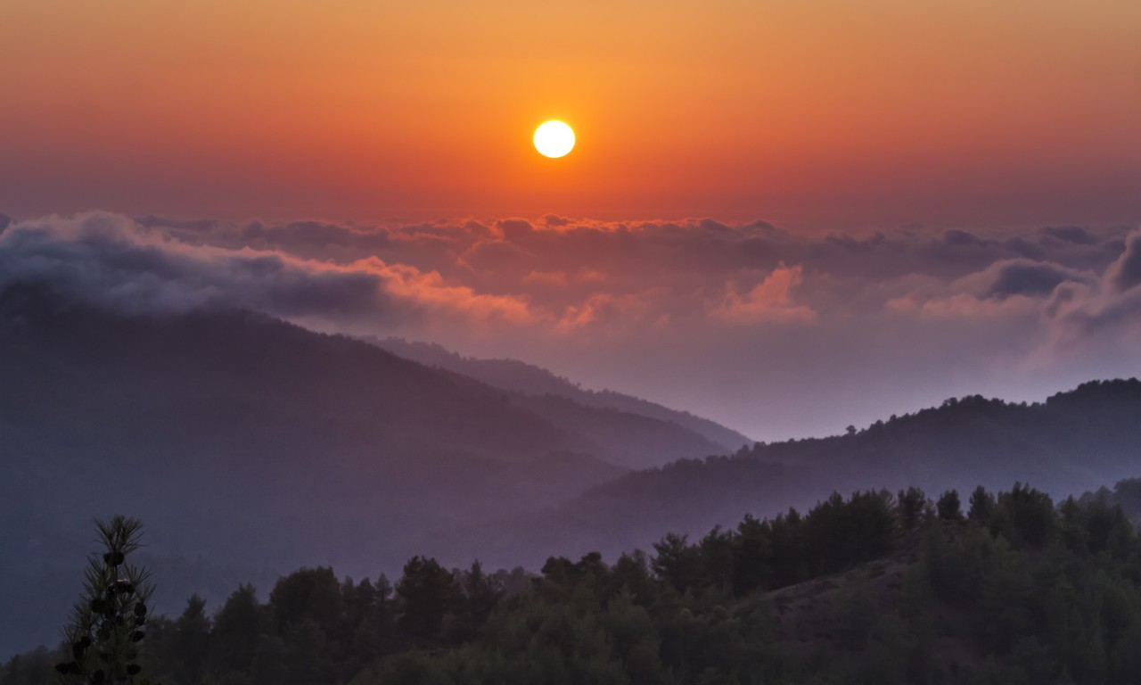 Sunset in the Troodos Mountains (Dreamstime)
