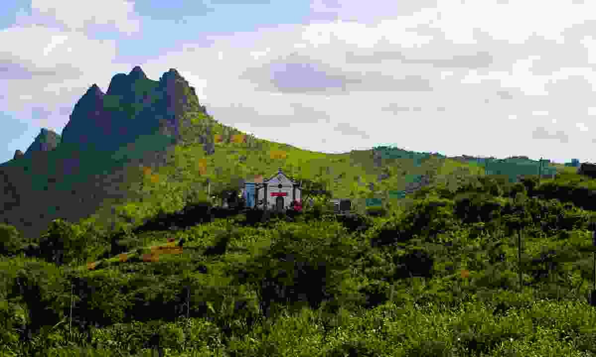 Church high in the hills on Santiago Island (Dreamstime)