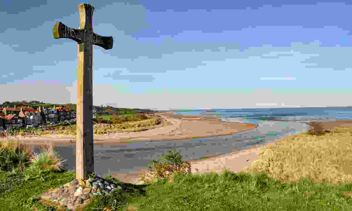 Wooden cross on church hill in Alnmouth (Shutterstock)
