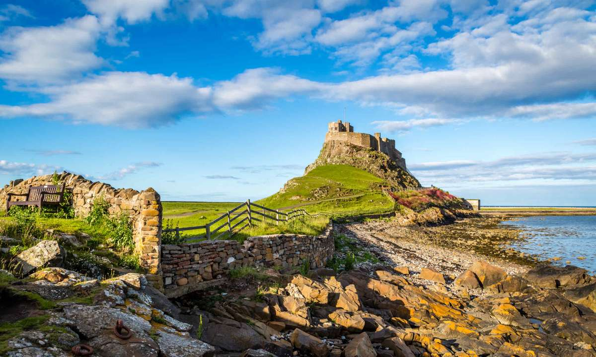 Lindisfarne Castle on the Northumberland coast (Dreamstime)