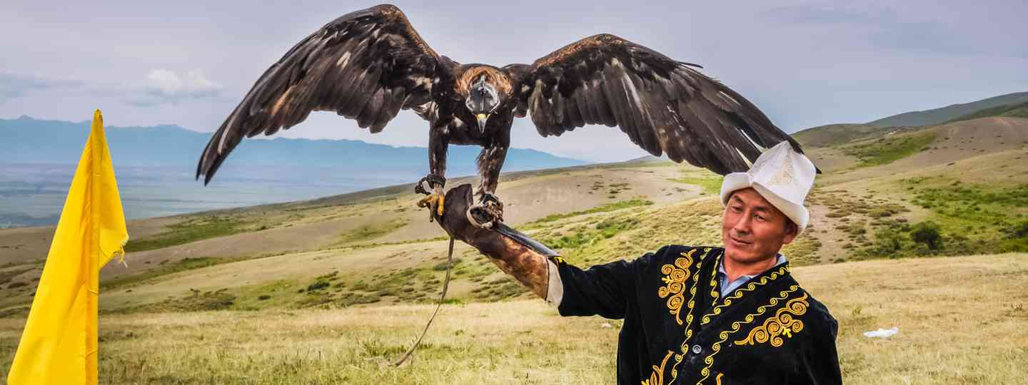 Eagle hunter in Kyrgyzstan (Dreamstime)