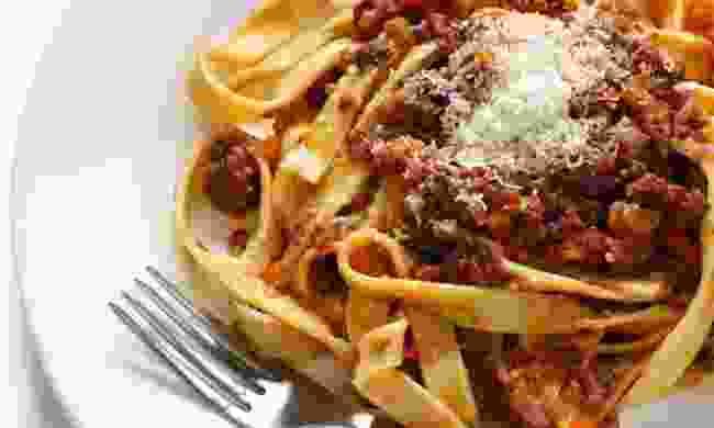 Fettuccine al ragù (Shutterstock)