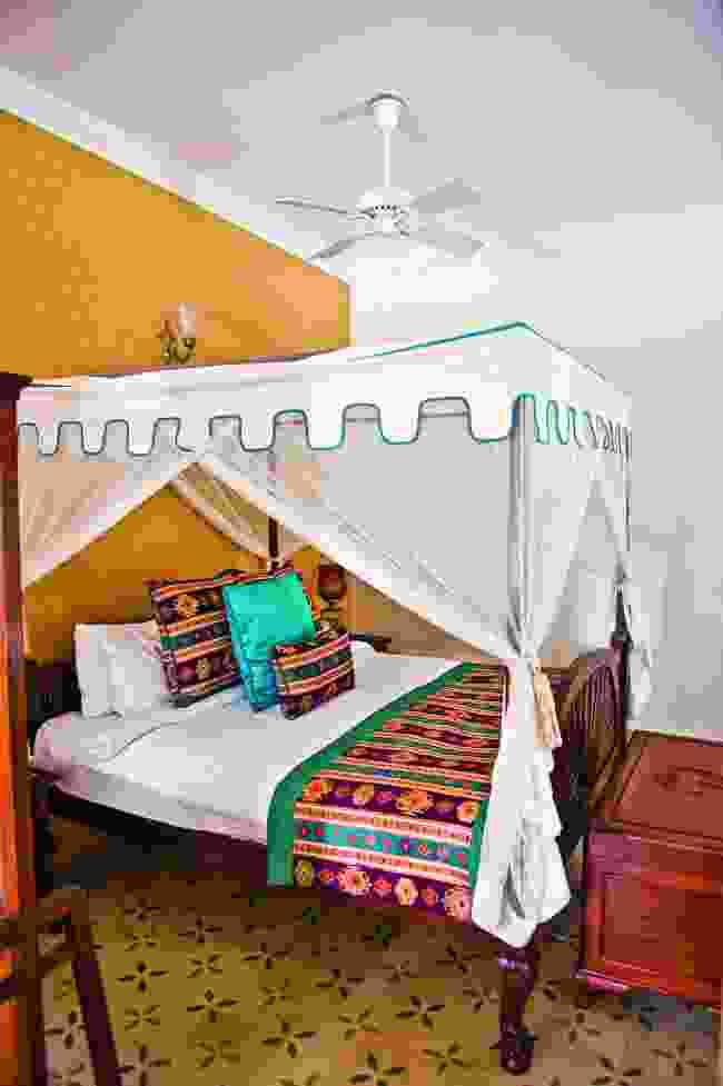 Inside Jaadir Lodge (Mark Stratton)