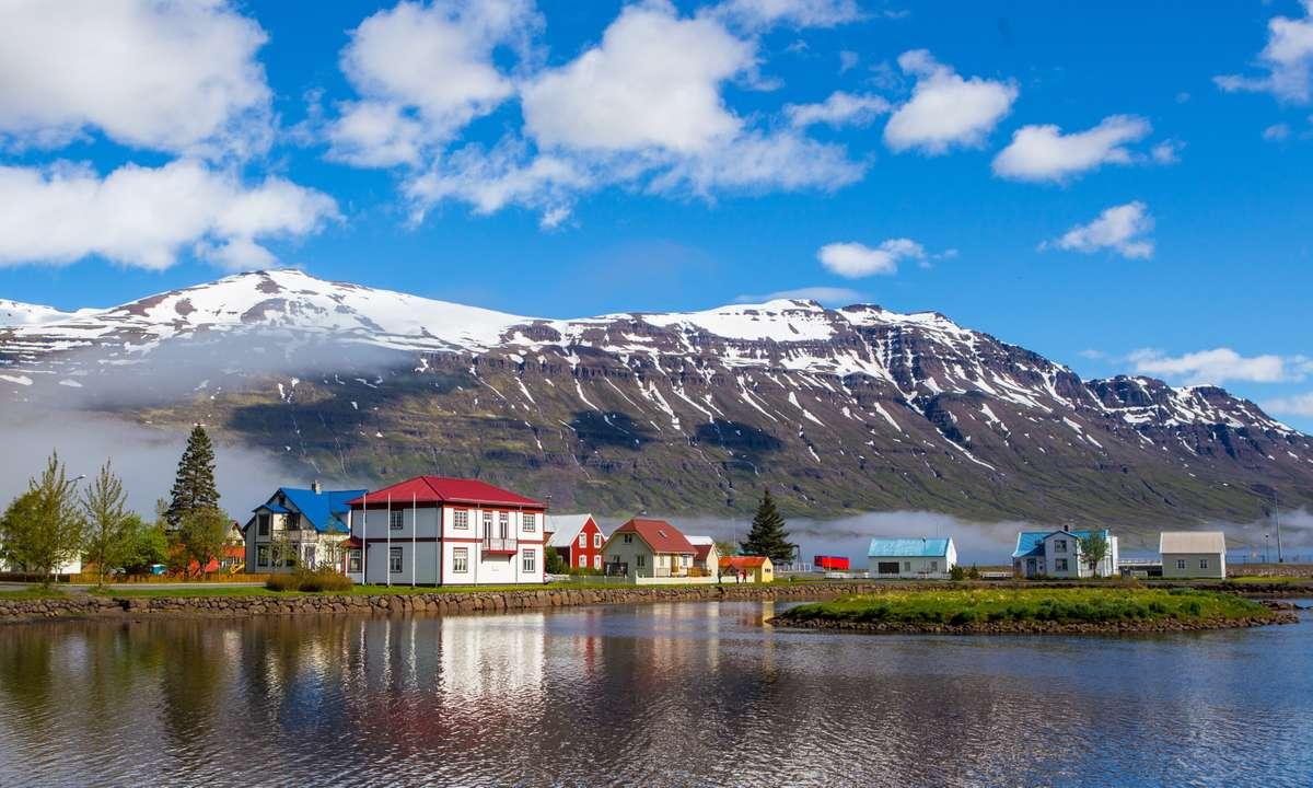 Seydisfjordur in Eastern Iceland (Dreamstime)