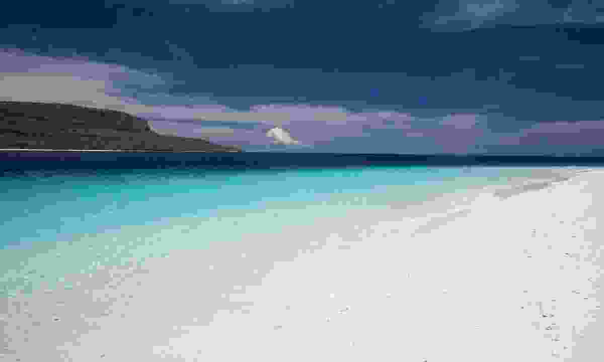 A beach on Jaco Island (Dreamstime)
