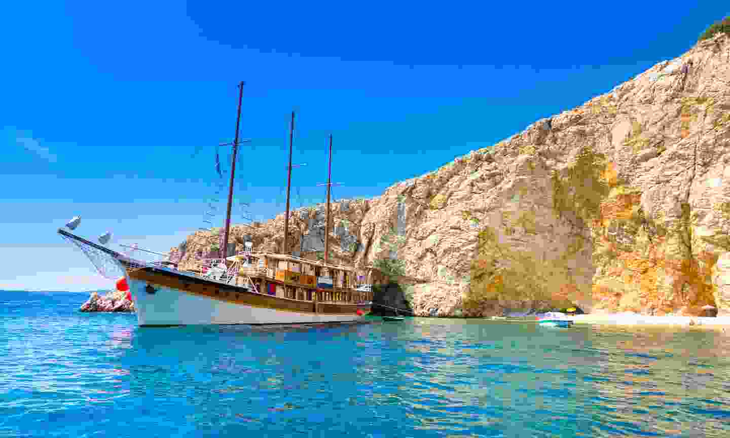 A gulet anchored on the Croatian coast (Shutterstock)