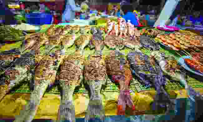 Variety of grilled seafood in Kota Kinabalu night market, Borneo (Dreamstime)