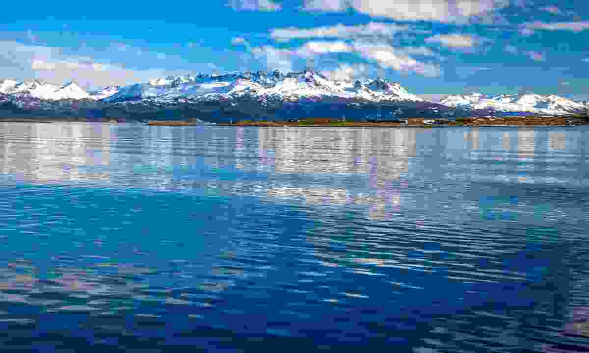 A view of the mountains from the Beagle Channel (Dreamstime)