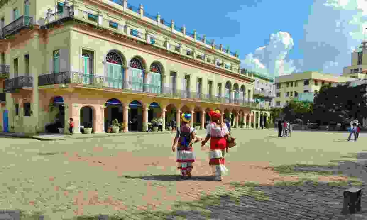 Havana's Plaza de Armas (Polly Allen)