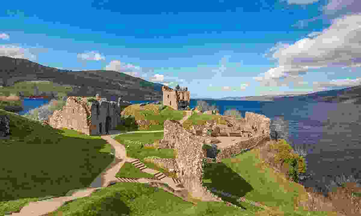 Urquhart Castle on Loch Ness (Kenny Lam / Visit Scotland)