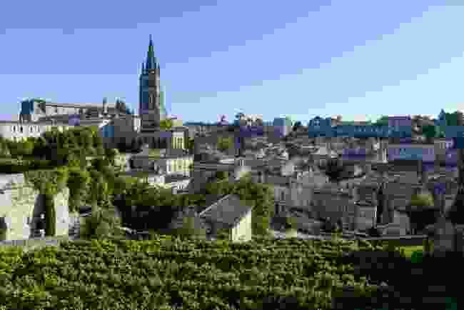 Saint-Emilion (Shutterstock)