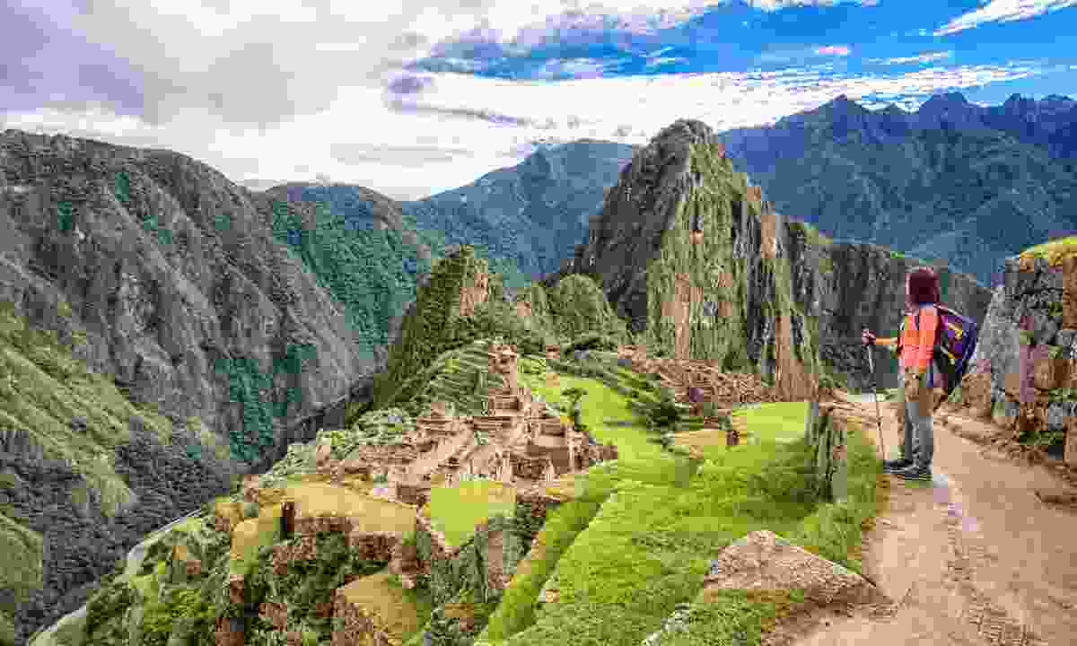 Arrive at Machu Picchu early morning to avoid crowds (Shutterstock)